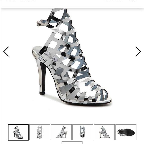 c4d8022b4ff NWT Silver Metallic Caged Heels